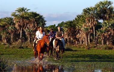horserback riding Ibera Wetlands
