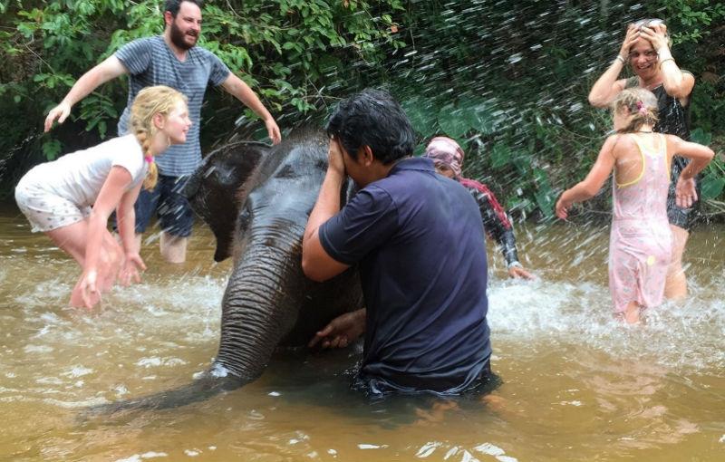 Koning Aap: Familiereis MALEISIË EN THAILAND AVONTUUR - 22 dagen; Apenstreken in de jungle