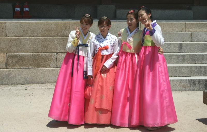 Sfeerimpressie Familiereis ZUID-KOREA; Hanbok, Bulgogi en Gadgets