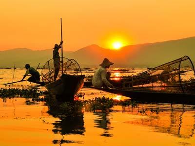 Shoestring: Groepsreis Myanmar in 2 weken; Tropische trip door voormalig Birma