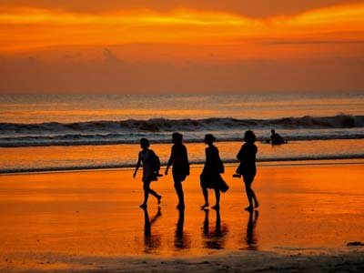 Shoestring: Groepsreis Indonesië: Bali & Lombok ; Parels van de archipel