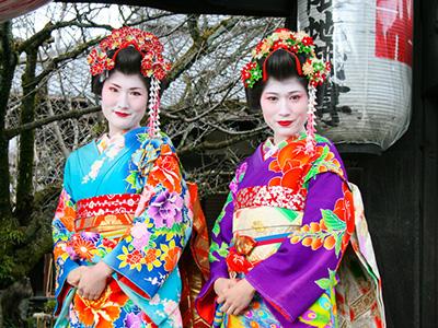 Shoestring: ReisKnaller: Japan 13 dagen; Geisha's, sake en neonreclame