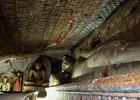Binnen in één van de grotten van de Dambulla Caves