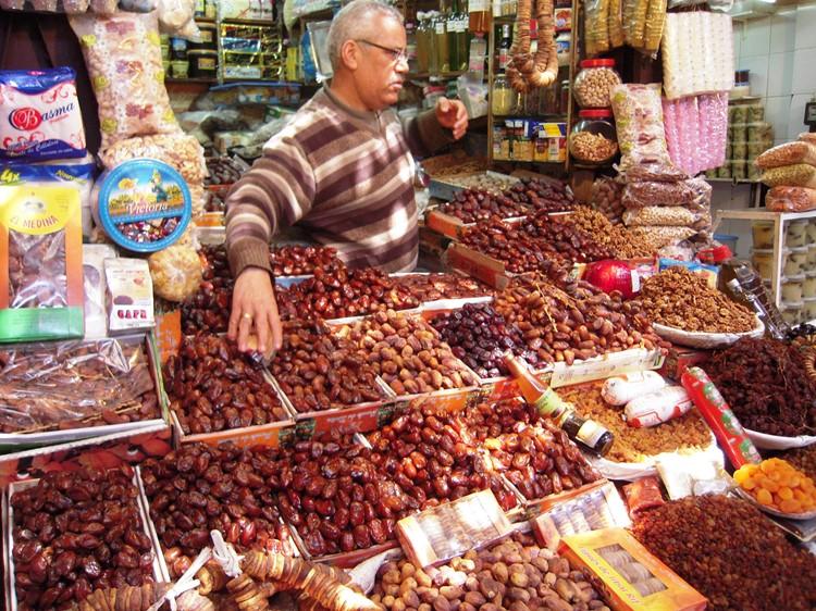 Dadels op de markt van Fes - Marokko