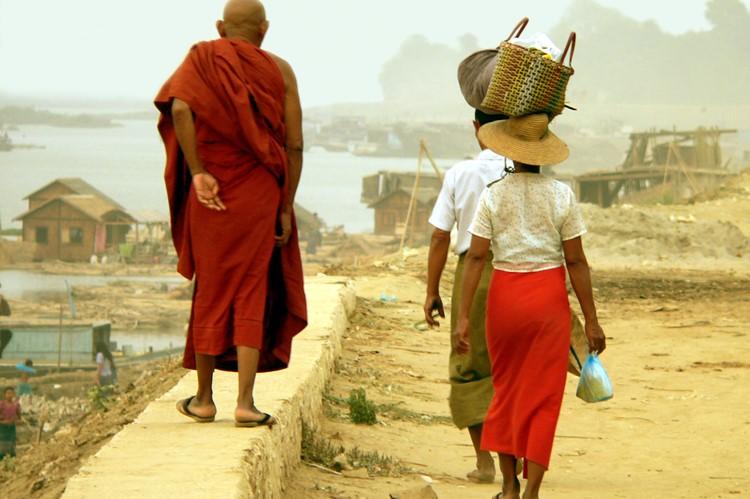 De kades in Mawlamyaing - Myanmar