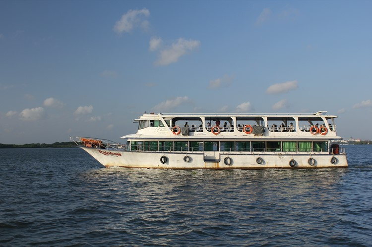 Ferry van Willingdon Island naar Fort Cochin