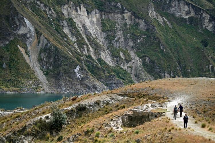 Het Quilotoa kratermeer in Ecuador