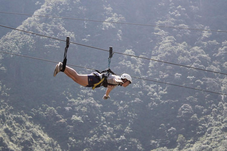 Ziplinen bij Baños – Ecuador