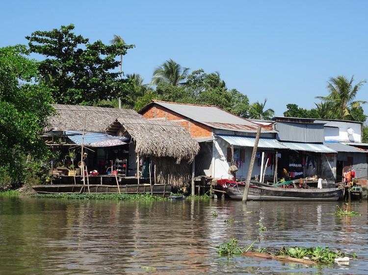Huizen in de Mekong Delta, Vietnam