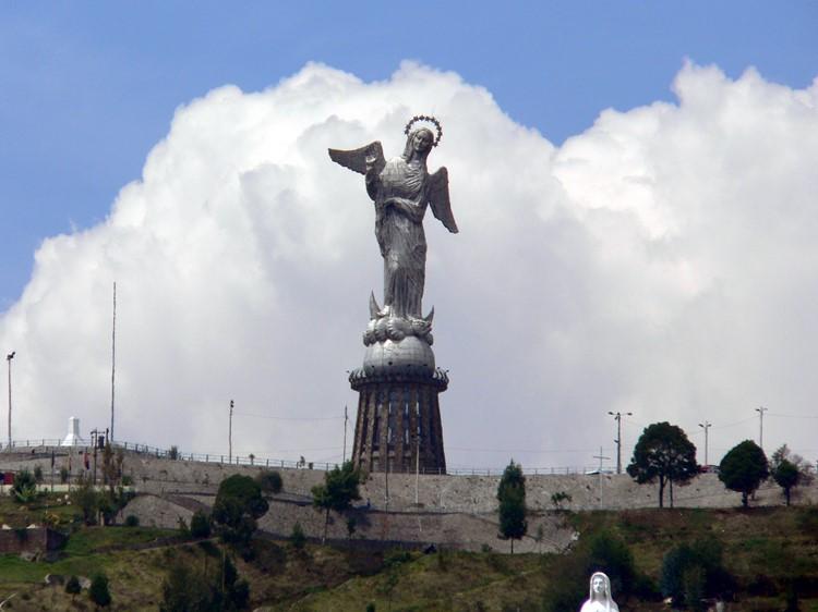 Uitzichtpunt El Panecillo in het centrum van Quito - Ecuador