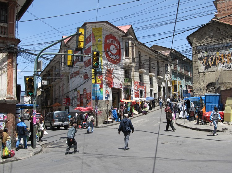 Calle Sagarnaga in La Paz - Bolivia