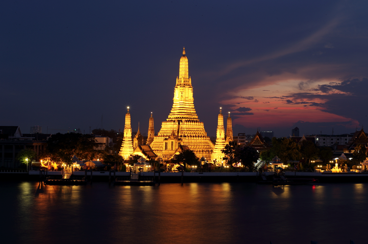 Wat Arun by night in Bangkok