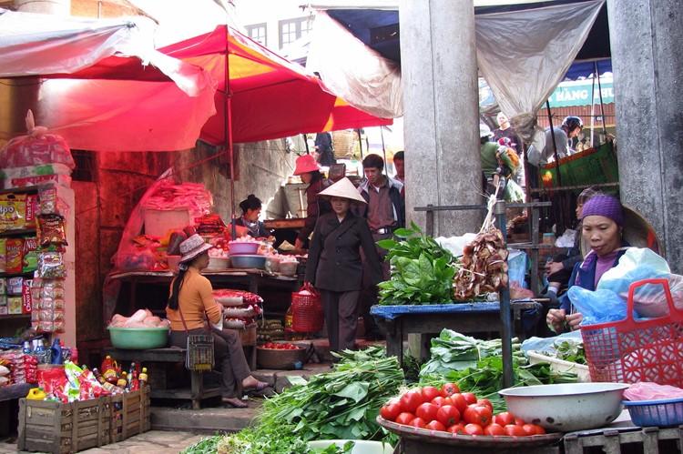 De lokale markt in Sapa, Vietnam