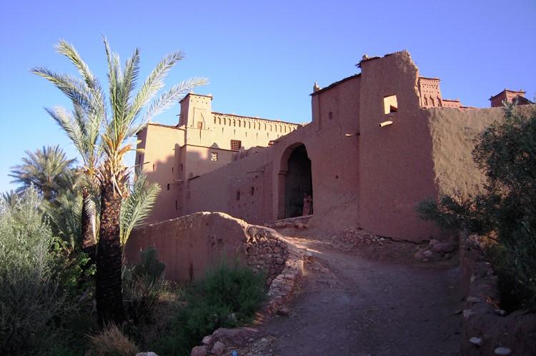 De ingang van Aït Ben-Haddou - Marokko