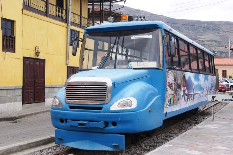 Een alternatieve vervoerder in Alausí - Ecuador